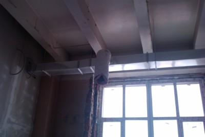 Прокладка вентиляции в  офисе