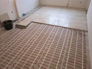 Монтаж электрического теплого пола в квартире