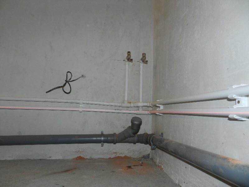 Установка канализационных труб в квартире своими руками